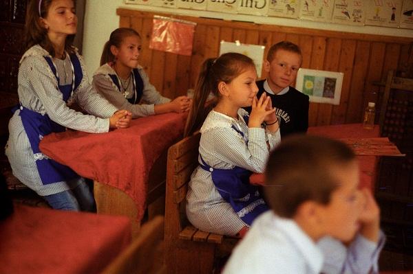 Lumină pentru România - Copiii din Cruhla_Foto Andrei Becheru